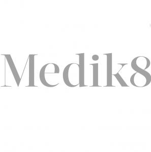 Logo medik 8 kwadrat
